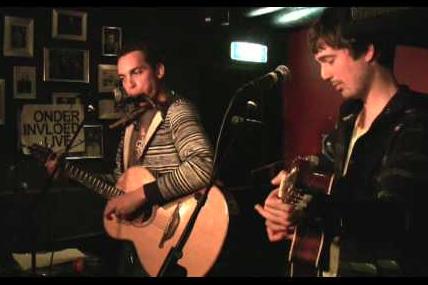 Ro Halfhide & M-JO (live)