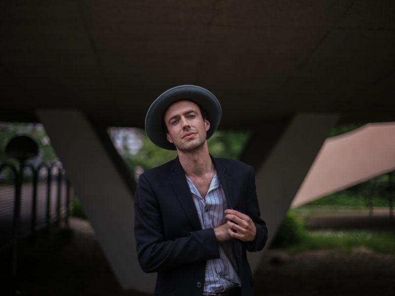 Finn Andrews (Photo by Matthijs van der Ven - theinfluences.com)