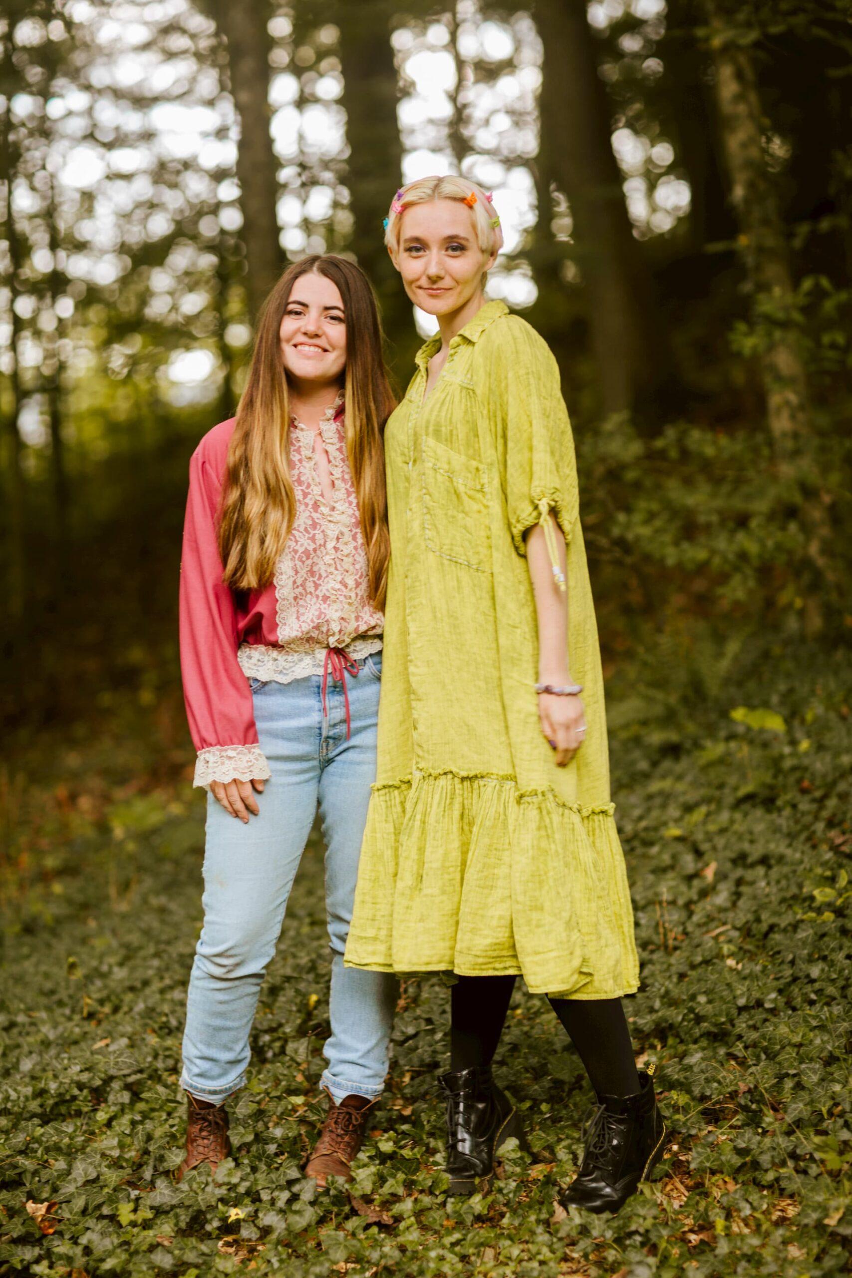 Senora May and Jessica Lea Mayfield (Photo by Natasha Raichel)